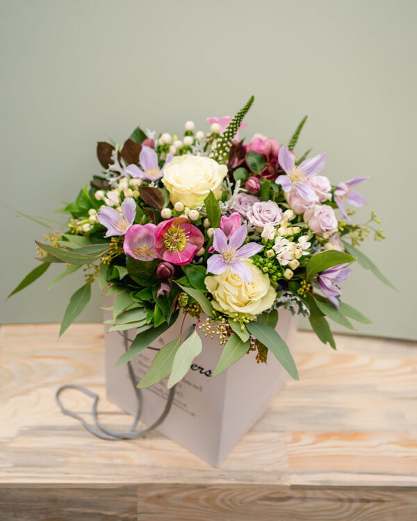 pretty in pink amandas flowers b